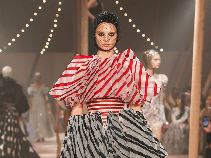The Latest Runway and Fashion Shows | Who What Wear