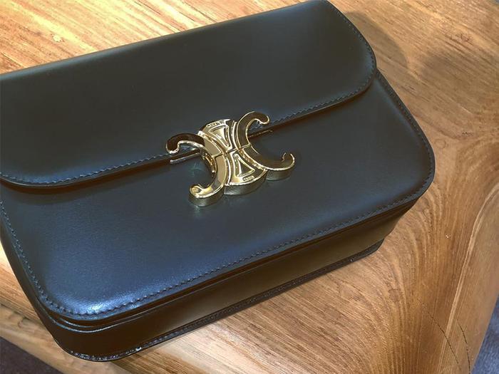 be0f34035759 11 Designer Handbag Trends Fashion Girls Are Buying in 2019