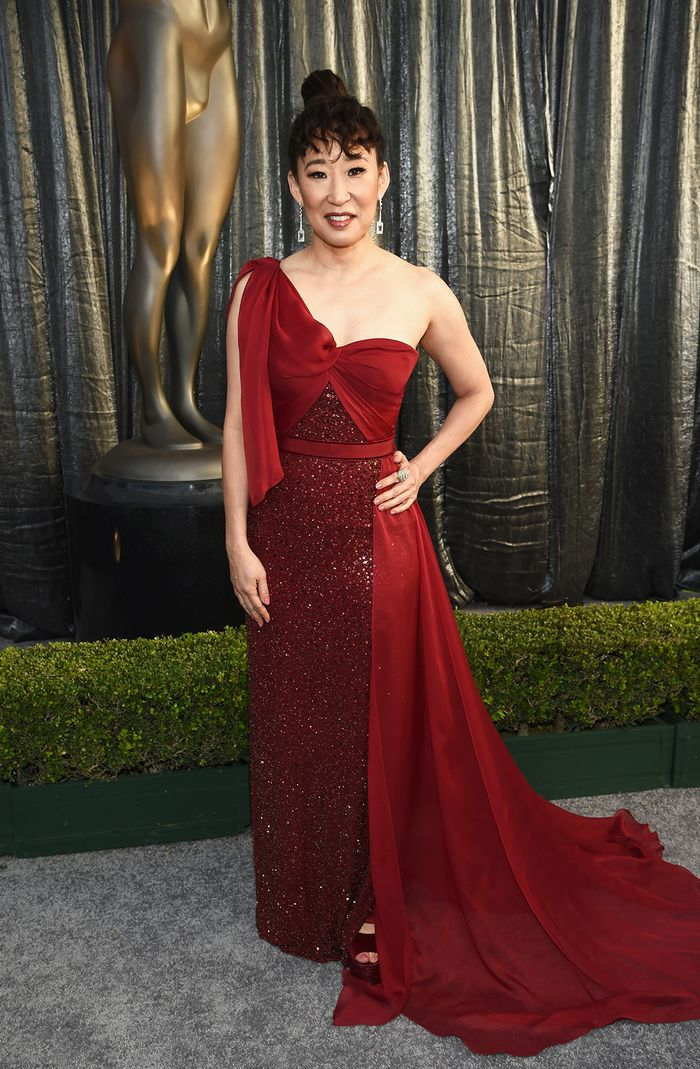 Every Major Look From The 2019 Sag Awards Red Carpet Who