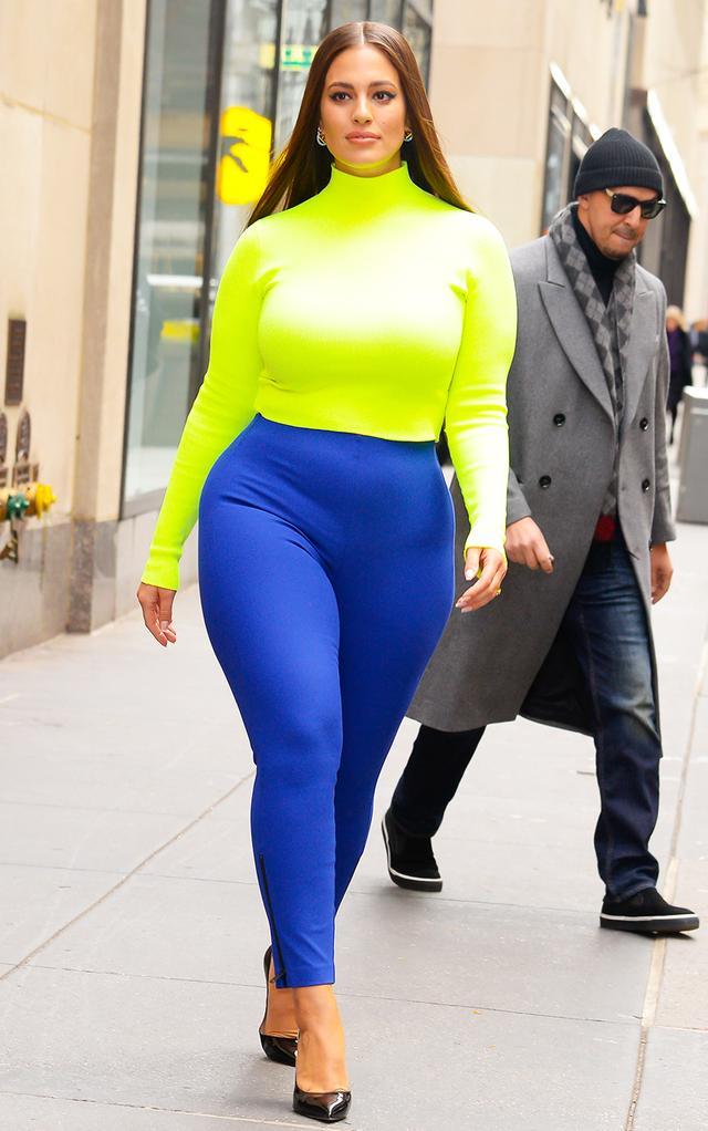 Neon clothing trend: Ashley Graham