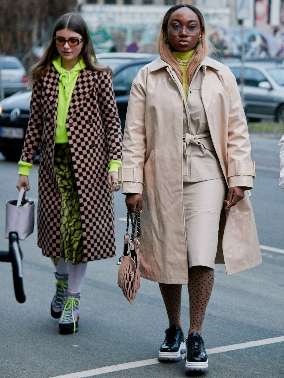 21 Glorious Outfits From the Fashion Week That Sets the Trends