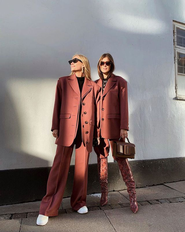 Knee-High Boot Outfits: Suit Look