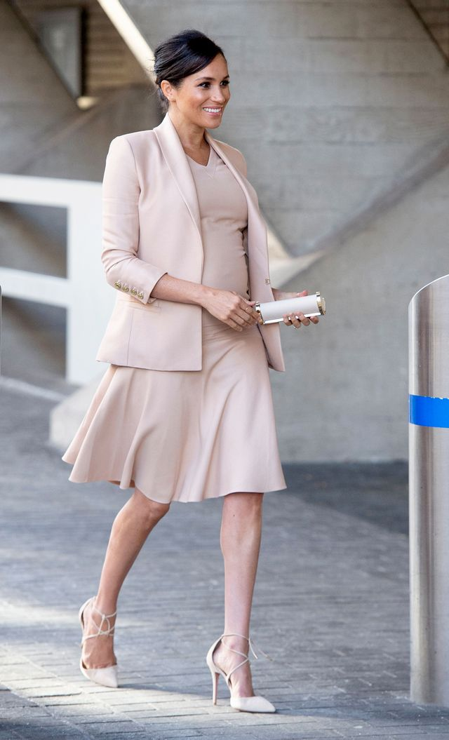 Meghan Markle beige outfit