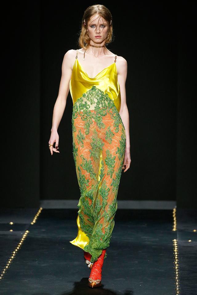 Versace Fall/Winter 2019 Runway - Milan Fashion Week