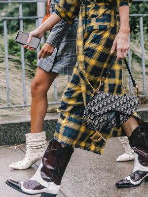 All the Shoe Trends New York Girls Can't Stop Laughing At