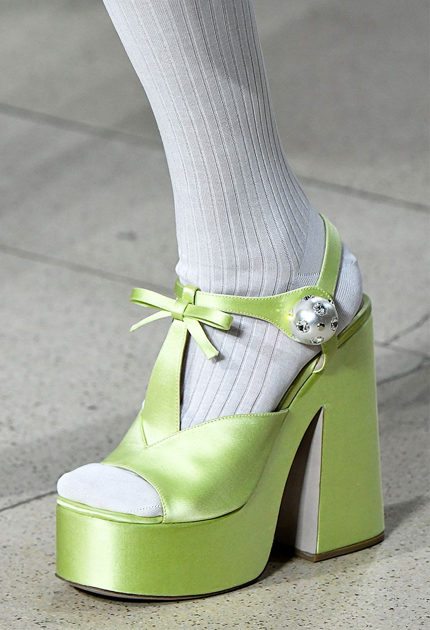11 2019 Shoe Trends That Have a Major Shock Factor  dd2d225151f14