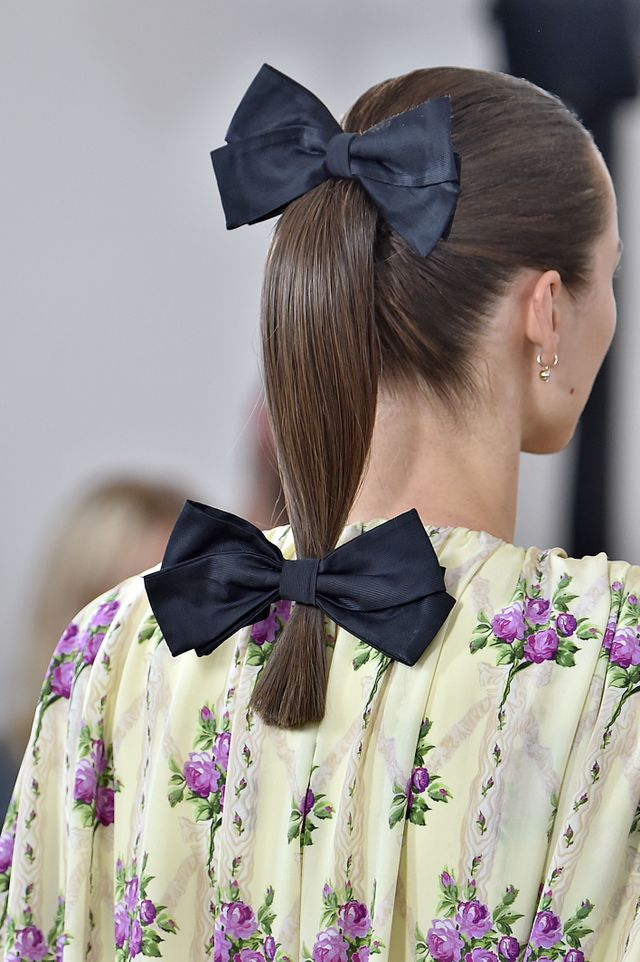 The Bow Trend Blowing Up Our Instagram Feed
