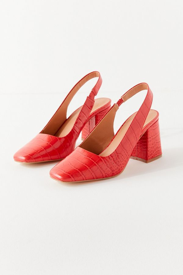 how to shrink shoes and slingback heels