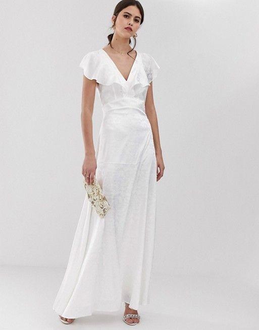 99b13ead6e88 20 Casual Wedding Dresses for the Low-Key Bride