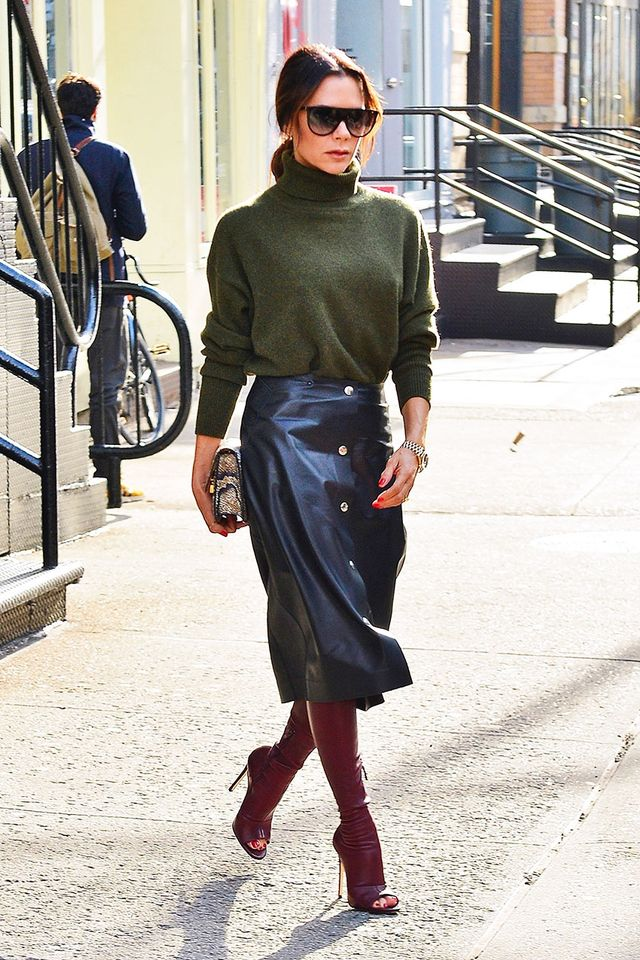Celebrity Knee-High Boot Outfits: Victoria Beckham