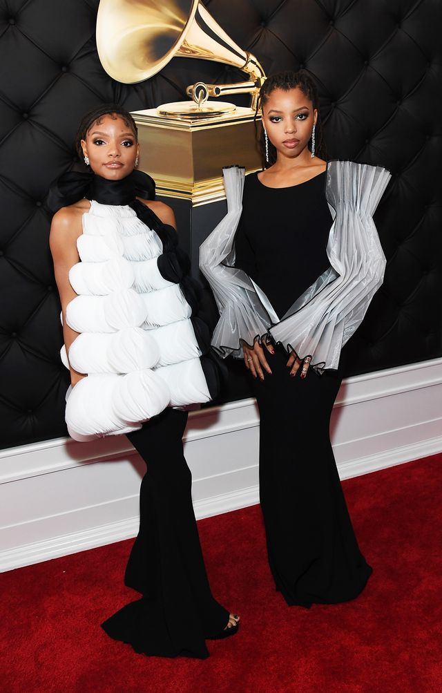 <p><strong>WHO:</strong> Chloe x Halle</p>
