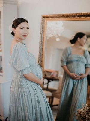 16 Maternity Dresses That Will Always Look Good in Photos