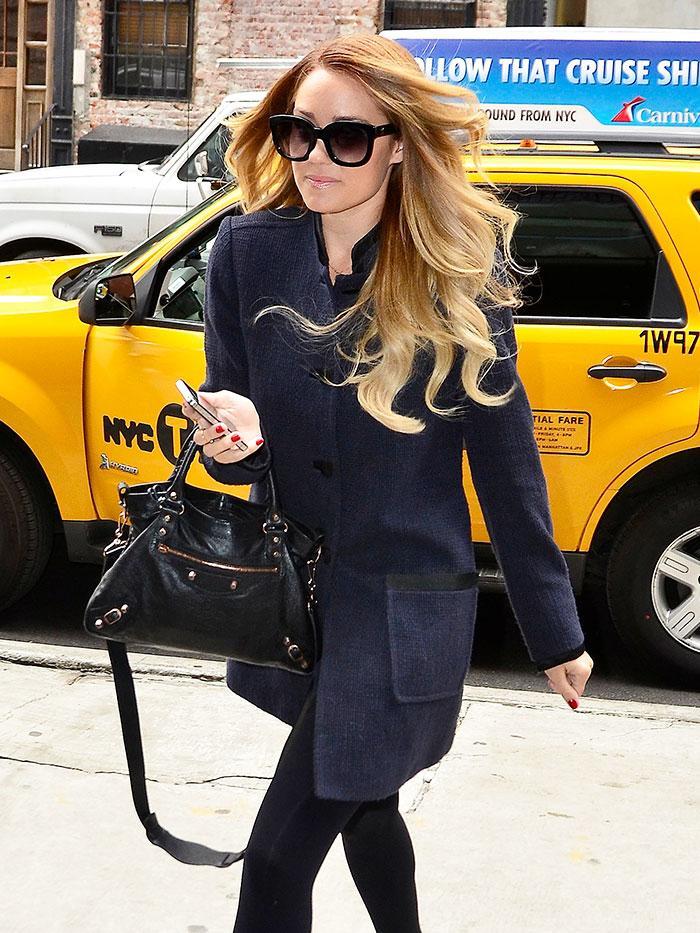 1e0a81574e 7 Celebrities and Fashion Girls With the Balenciaga City Bag