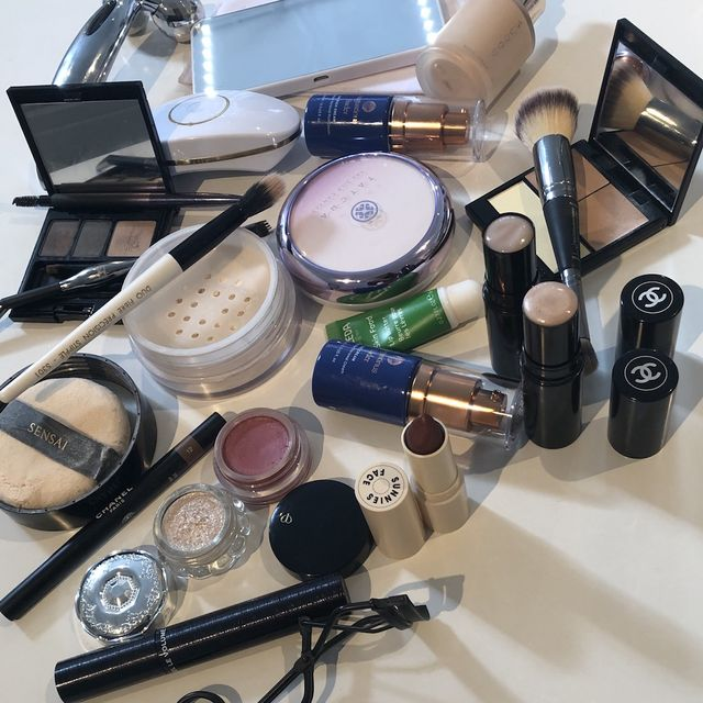 From £7 to £205, Here Are the Beauty Buys Margot Robbie's Makeup Artist Uses IRL