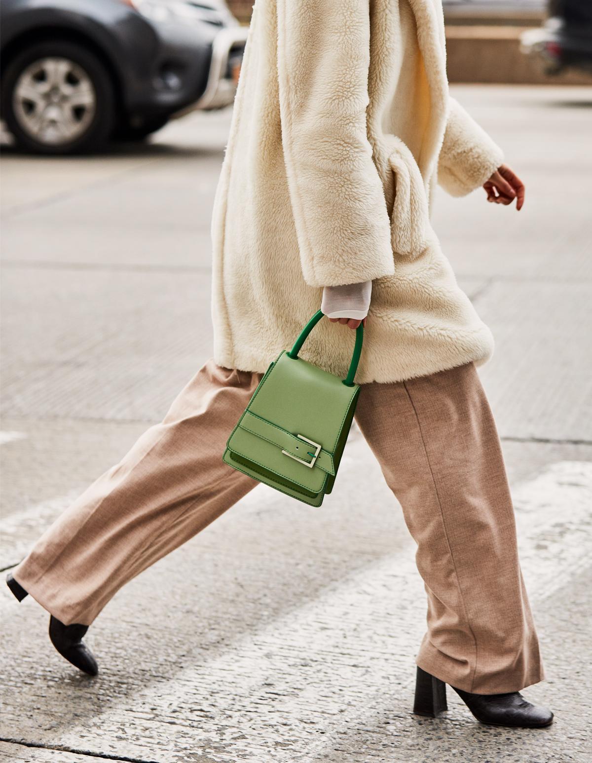 We Kept Seeing This £45 Handbag at New York Fashion Week