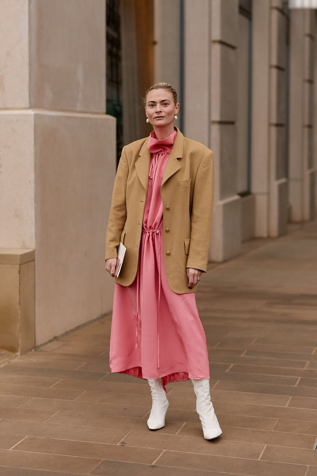fashion week street style from London