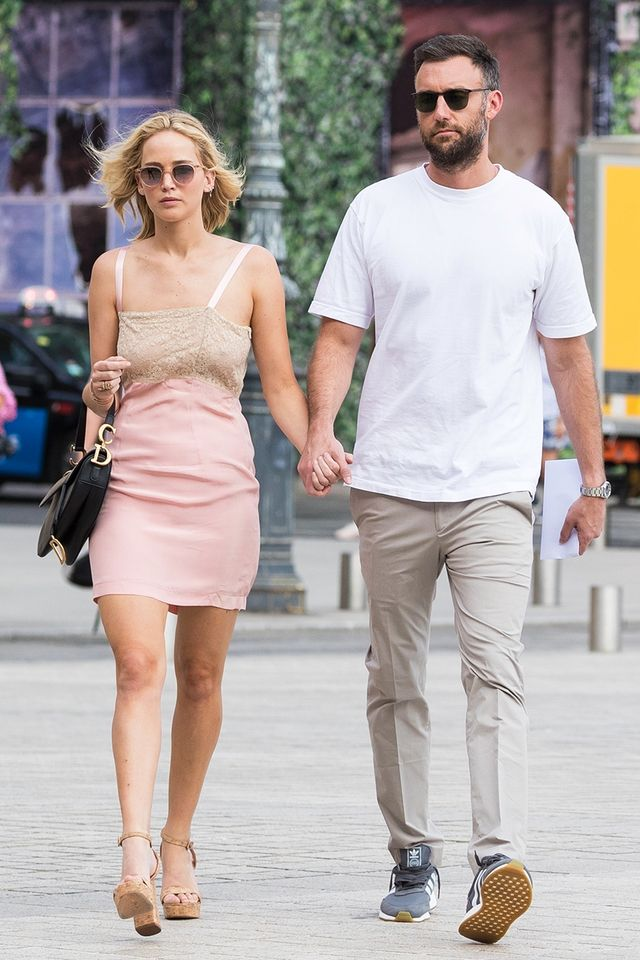 See Jennifer Lawrence S Massive Engagement Ring Who What