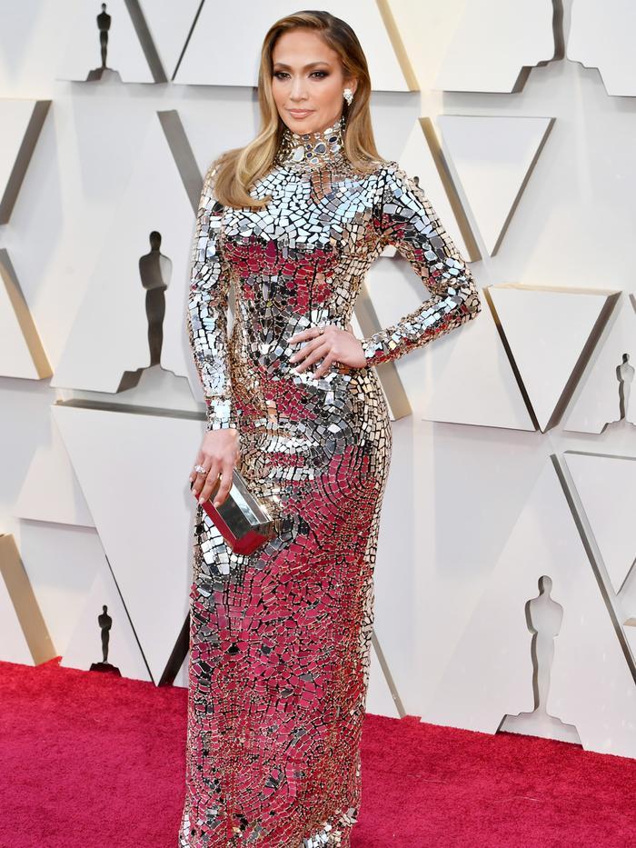 43f1aa2b2a6 Get a Close-Up Look at Jennifer Lopez s Oscars Dress