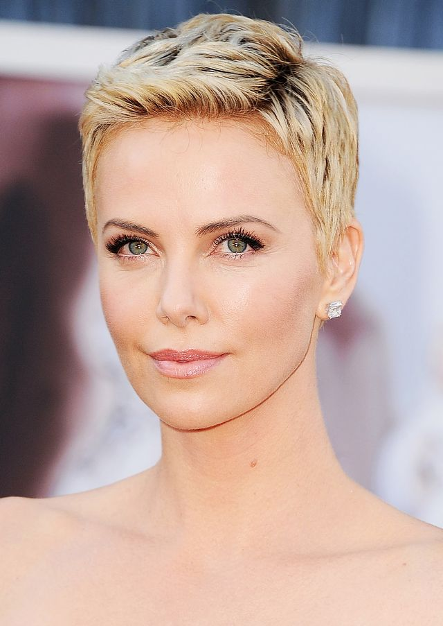 Charlize Theron best haircuts for every face shape