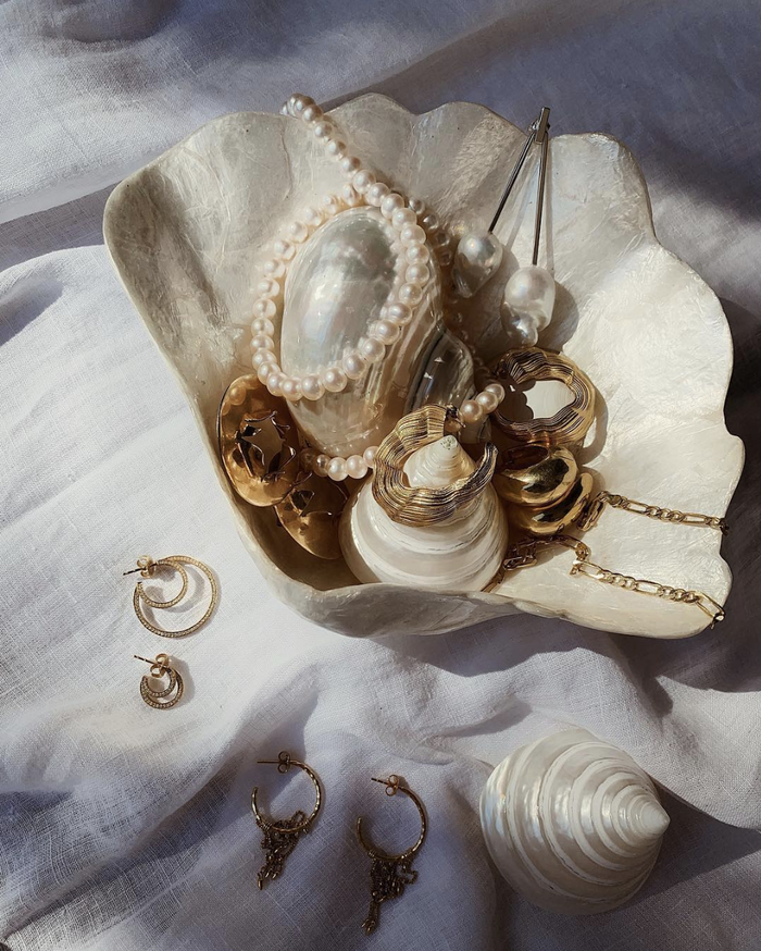 This Is Exactly How to Clean Tarnished Jewelry, According to an Expert