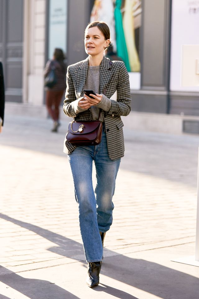 Jeans and a blazer outfit