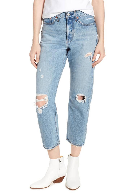 7 Gaya Kasual Yang Bisa Kamu Pakai Dengan Jeans