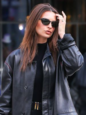 Emily Ratajkowski's Under-$300 Boots Look Perfect With Skinny Jeans