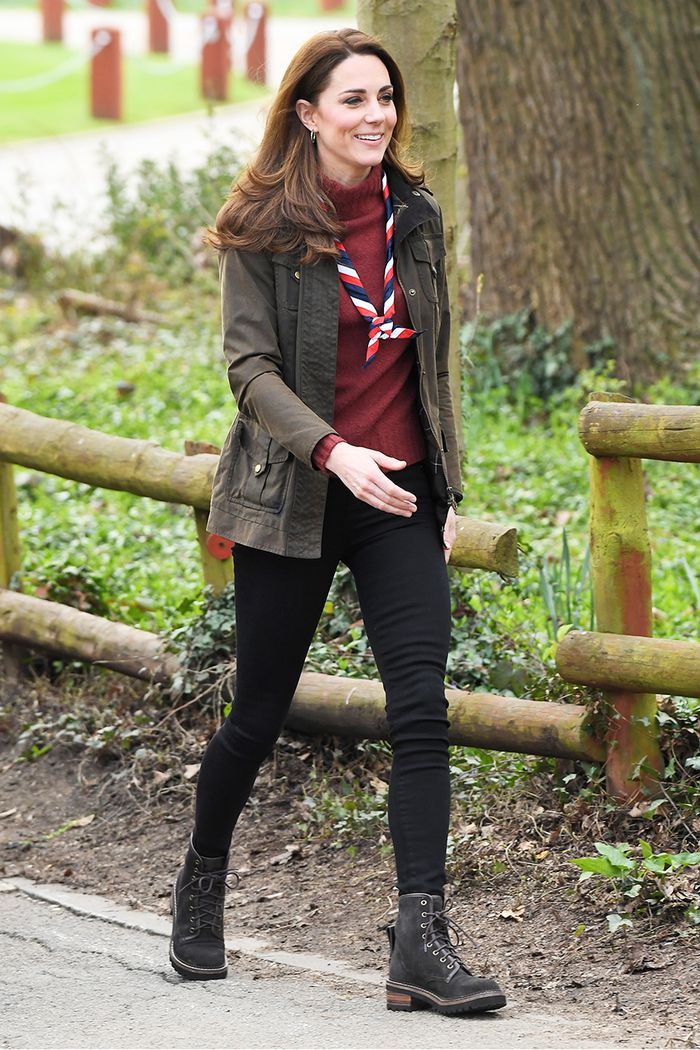 How Kate Middleton Wears Black Skinny Jeans and Ankle Boots This Time of Year