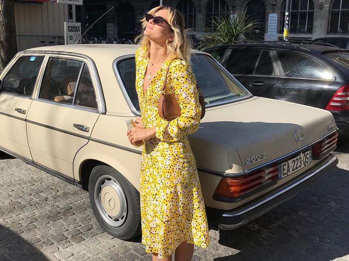 13 Dresses That Epitomize Spring—Plus, the Best Mules to Wear With Them