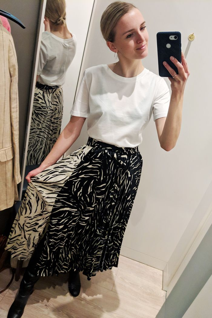 64f69c6586 I Just Tried on All the Best Marks and Spencer Summer Buys | Who What Wear  UK