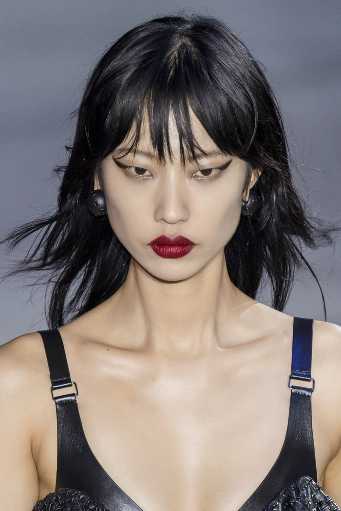 The 6 Makeup Trends Fashion Girls Will Be Wearing Come Fall