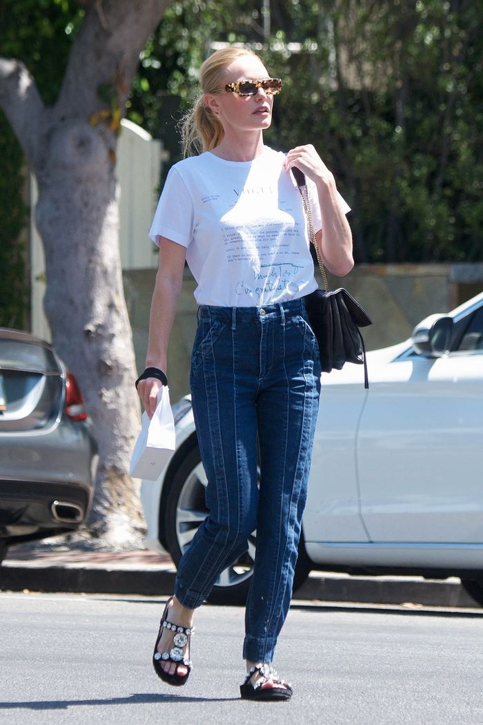 "Kate Bosworth Found the Prettiest ""Ugly"" Sandals to Wear With Jeans and a Tee"