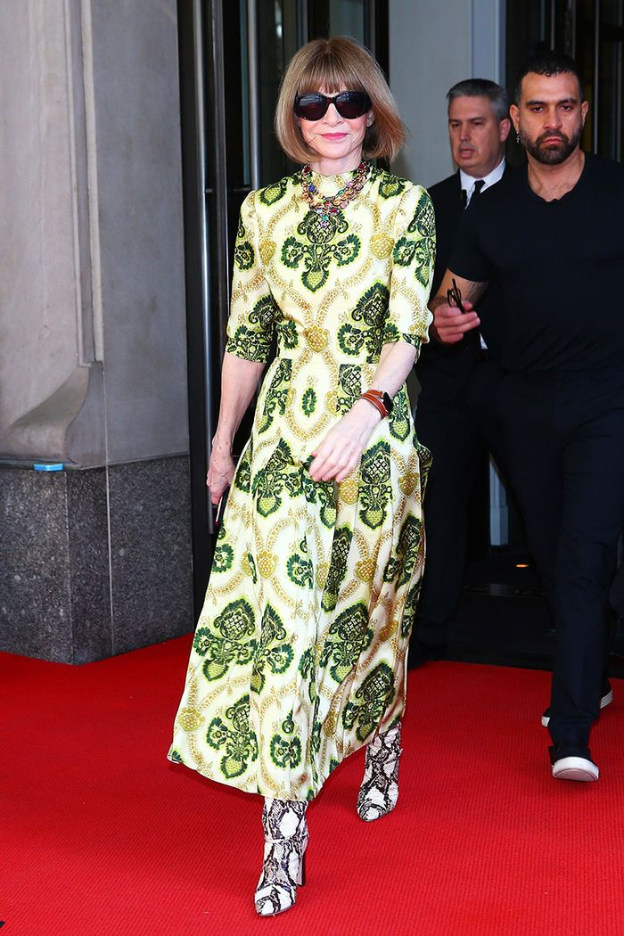 Anna Wintour Just Made A Style Quot Mistake Quot Look Chic Who
