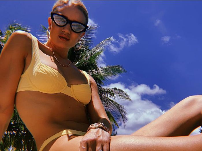 6 Wear Celebrity Every What We Swimsuit SummerWho Brands See E2e9IYDWHb