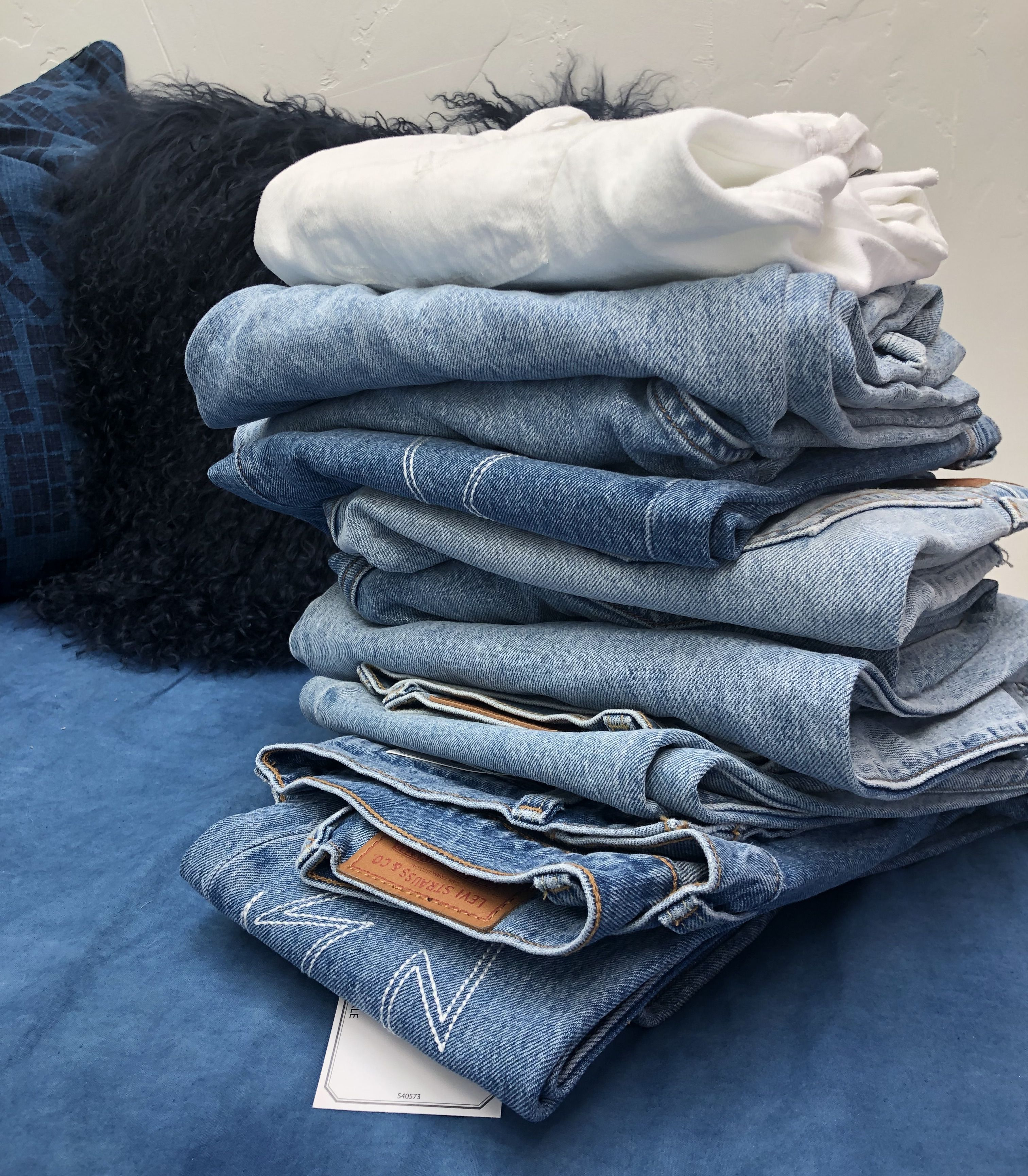 7bcc6cf3549 How Each Levi's Jeans Fit Looks IRL, Plus Which Makes Your Butt Look the  Best