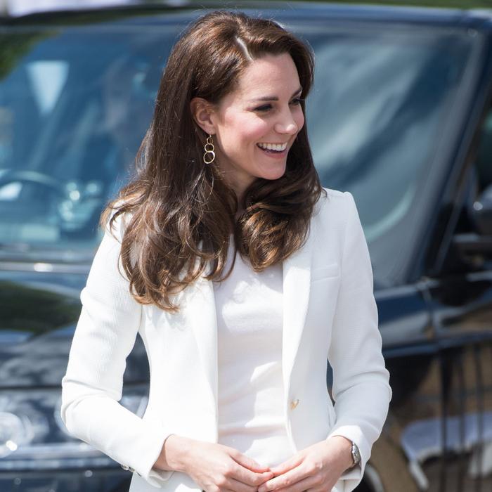 3 Colors Royals Always Wear in June