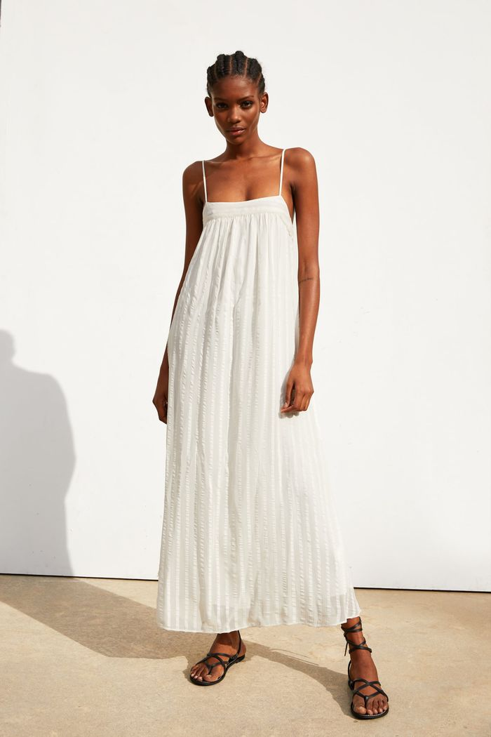 72644426 31 Zara Items NYC Girls Are Buying This Summer | Who What Wear
