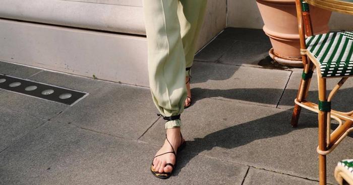 Sandals H Best Right Uk amp;m Shop The What To NowWho Wear QxtsdChrB