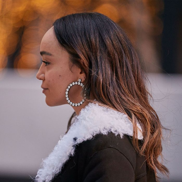 The Jewelry Trends You Buried Away Years Ago Are Back—Tell a Friend