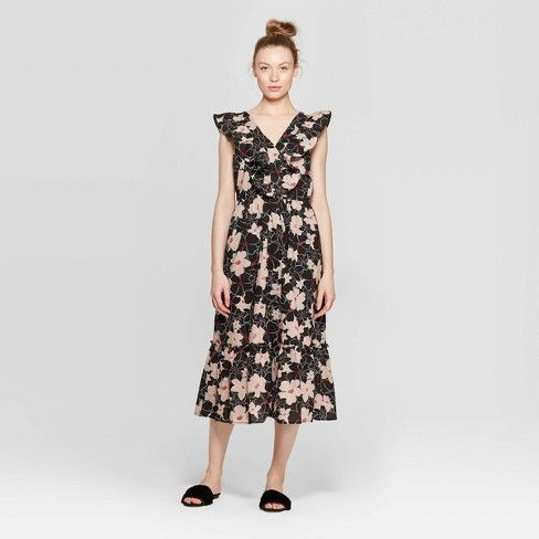 Celebrities Under 5'4″ Love These Petite-Friendly Maxi Dresses, Wustoo