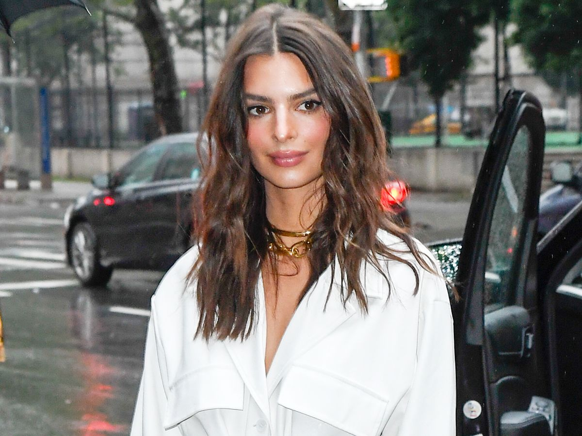 Emily Ratajkowski Just Made $80 Steve Madden Shoes Look Designer