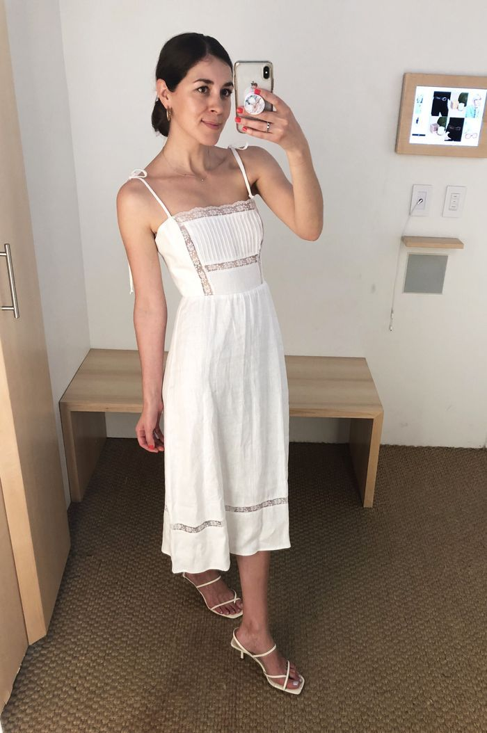 I Have This Thing for White Dresses—Here Are the 6 I Wear on Repeat