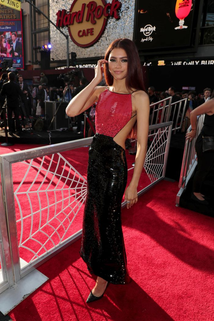 Zendaya S Outfits From The Spider Man World Premiere Tour