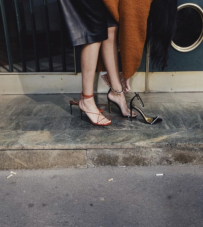 Not All Shoes and Skirts Work Together, But These 4 Combinations Are Perfect