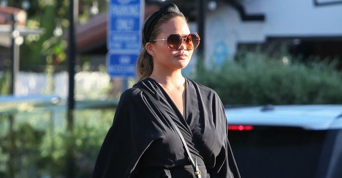 J.Lo and Chrissy Teigen Wore Fall's Next Big Accessory Trend on the Same Day