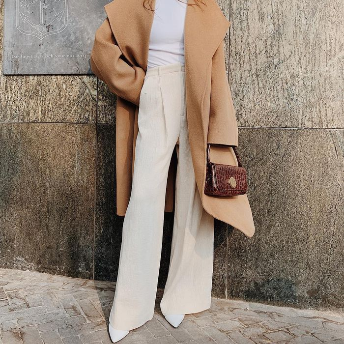 4 Shoes to Own If You 're Into Fall's Loose-Trouser Trend