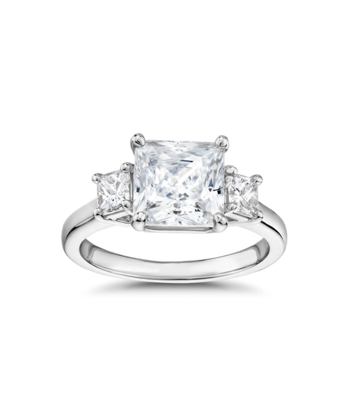 7 Things That Always Make an Engagement Ring Look Cheap 2