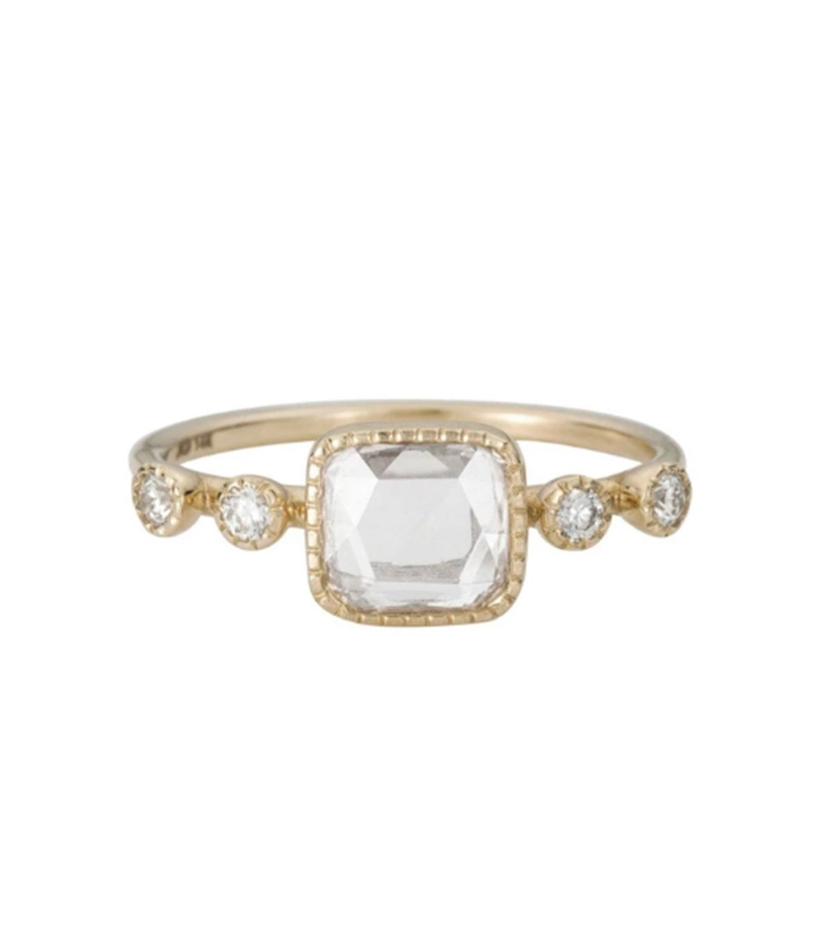 7 Things That Always Make an Engagement Ring Look Cheap 3