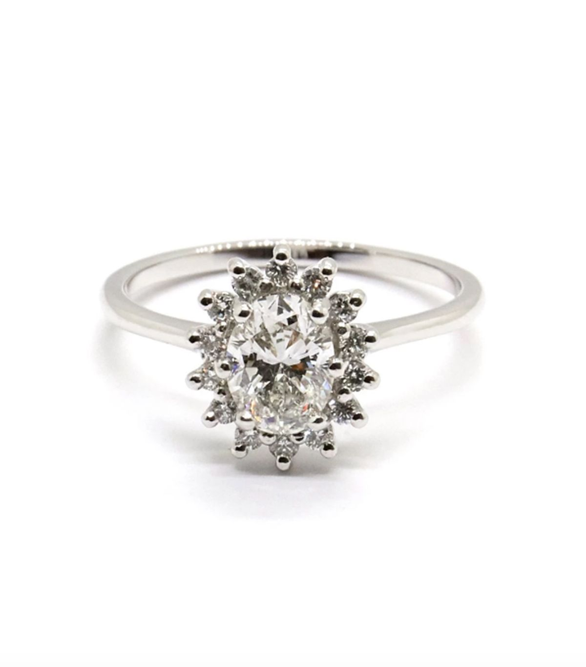 7 Things That Always Make an Engagement Ring Look Cheap 11