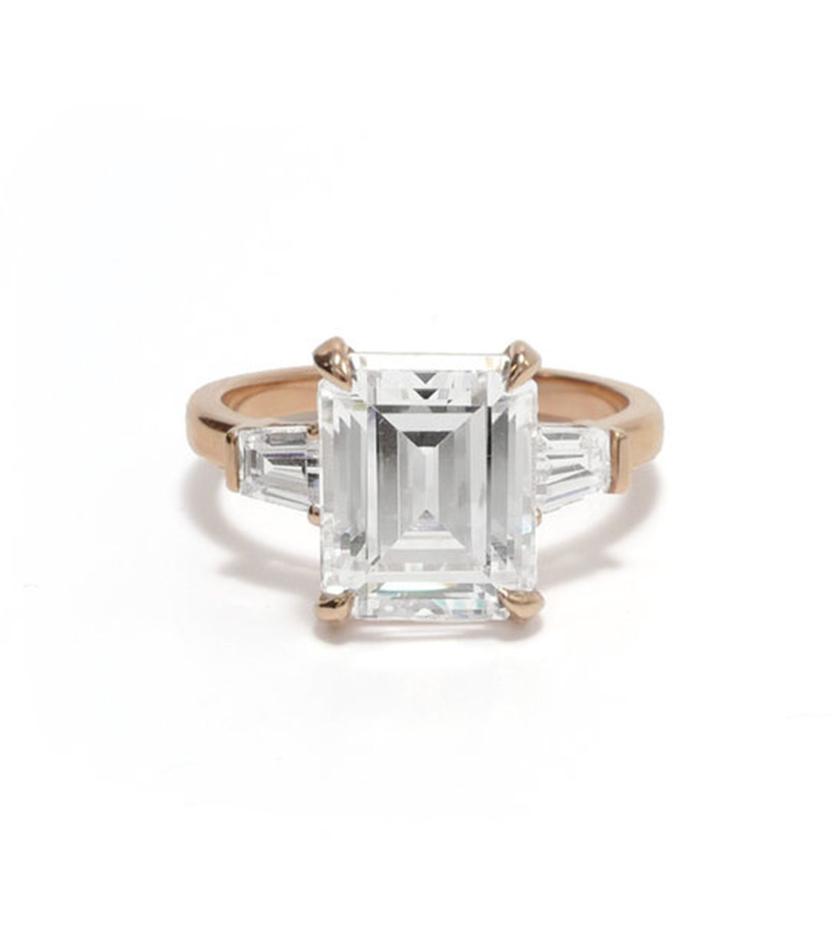 7 Things That Always Make an Engagement Ring Look Cheap 13